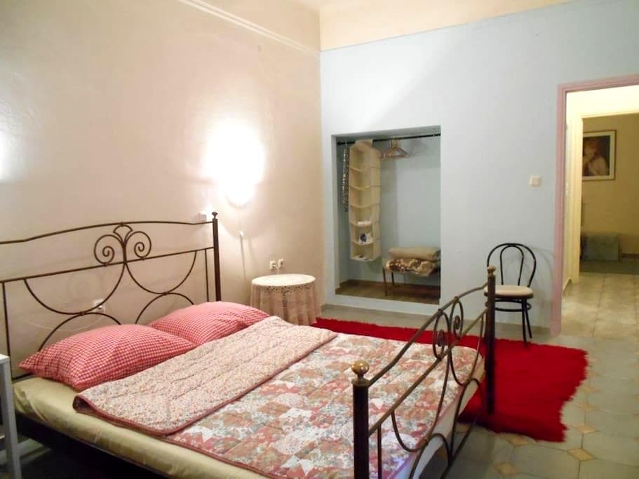 cozy spacious flat best in Athens - Tavros - อพาร์ทเมนท์