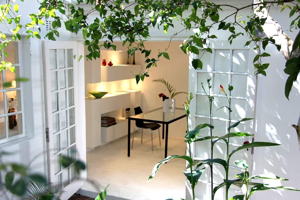 Wowhaus - Tranquil garden apartment - Berea - Apartment