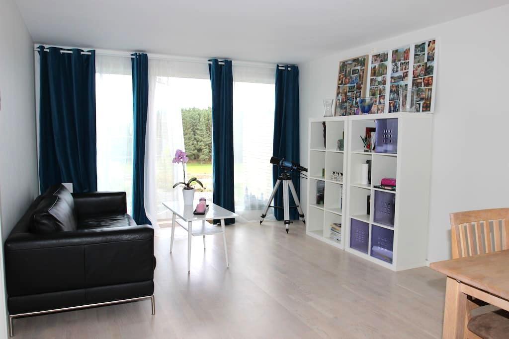 Modern scandinavian apartment on the golf course - Sola - Daire