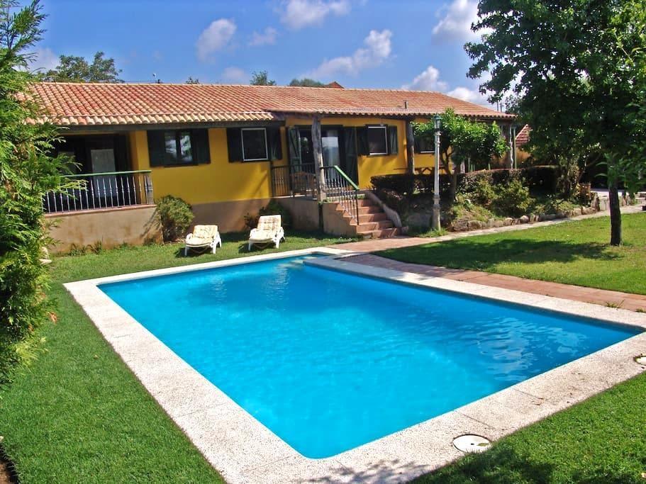 Casa Rustica Cerca de la Playa - Nigrán - Дом