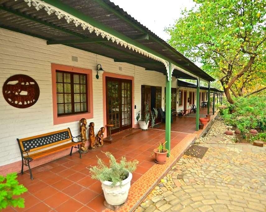 Beautiful Guesthouse next to Kruger Park - Phalaborwa - Gjestehus