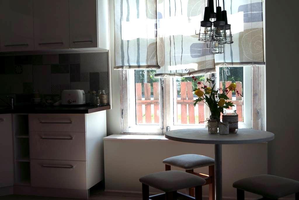 Oakcorner place / Tammenurga - Haapsalu - Apartment