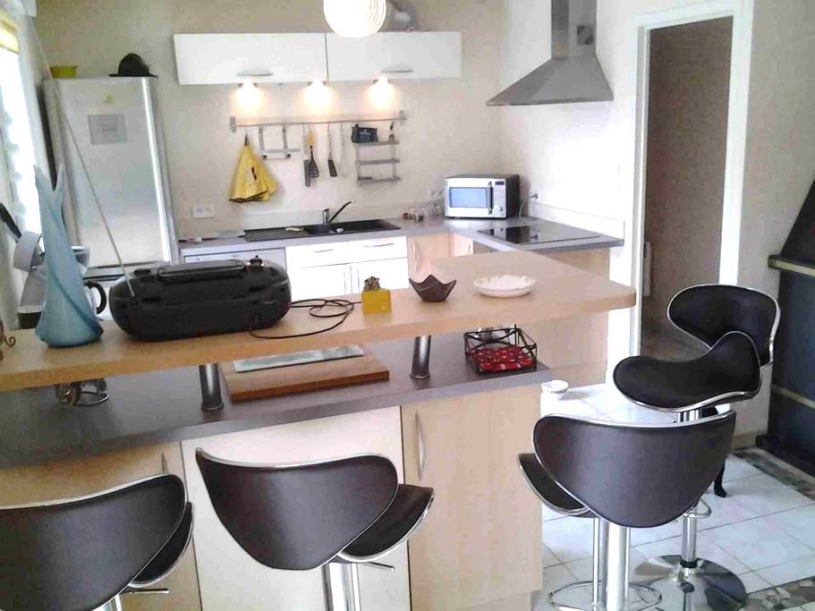 Gîte Familial - Location Vacances - Almenêches - le haut mesnil - Huis