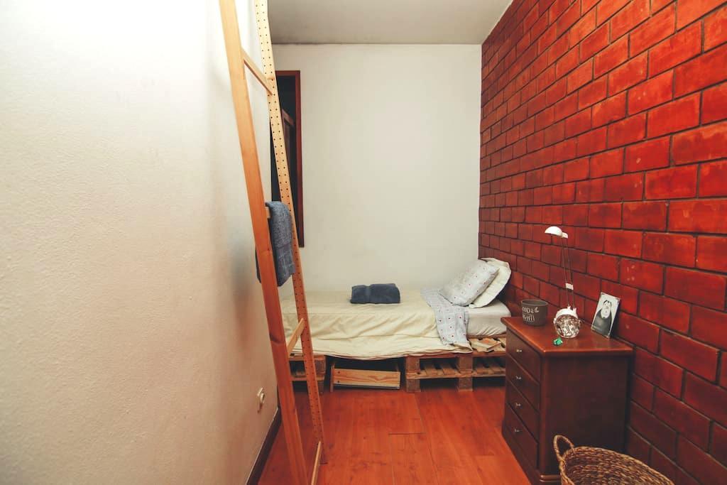 Close to City Center Single Room - Porto - Casa