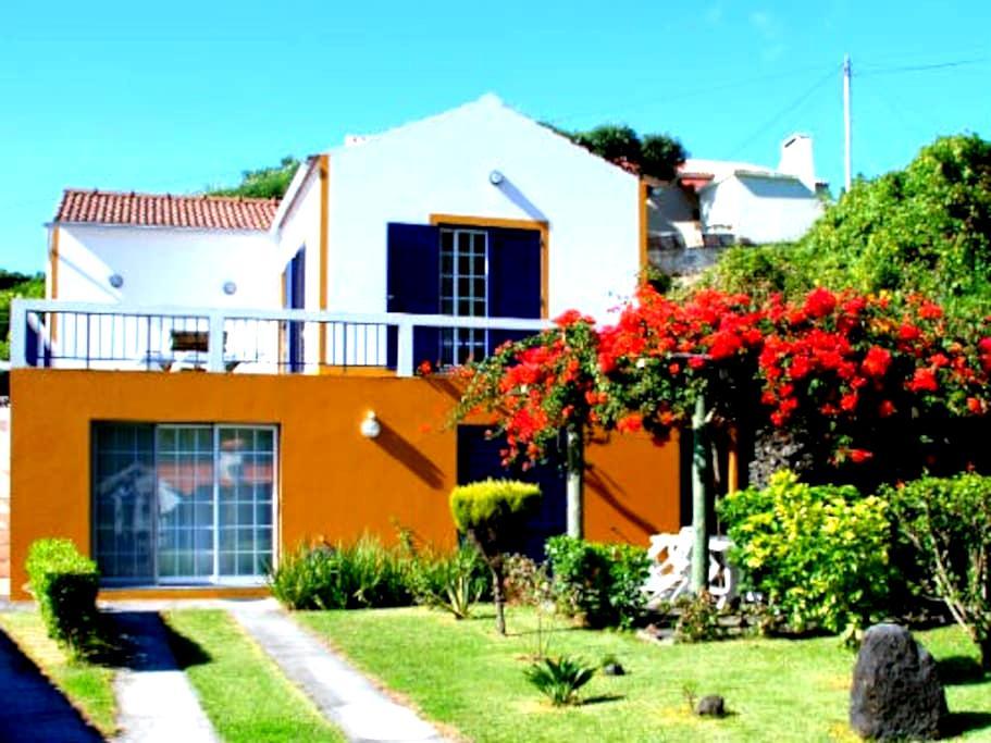 Apartamento em Casa de Campo - Horta - Daire