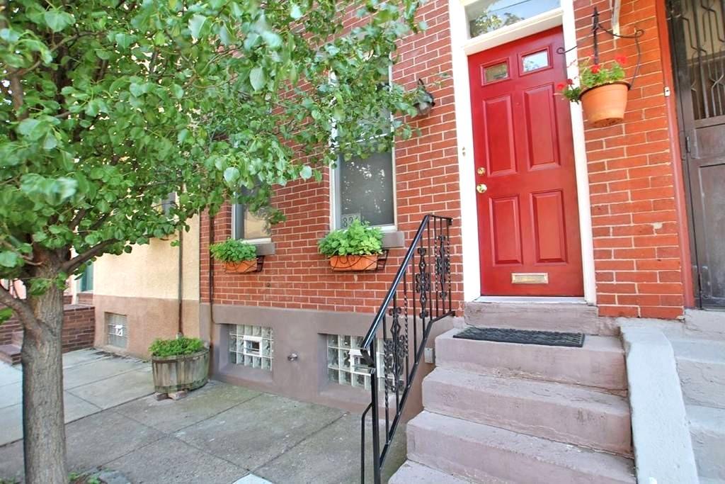 Charming 2 BR House, Fab Location! - Philadelphia - Hus