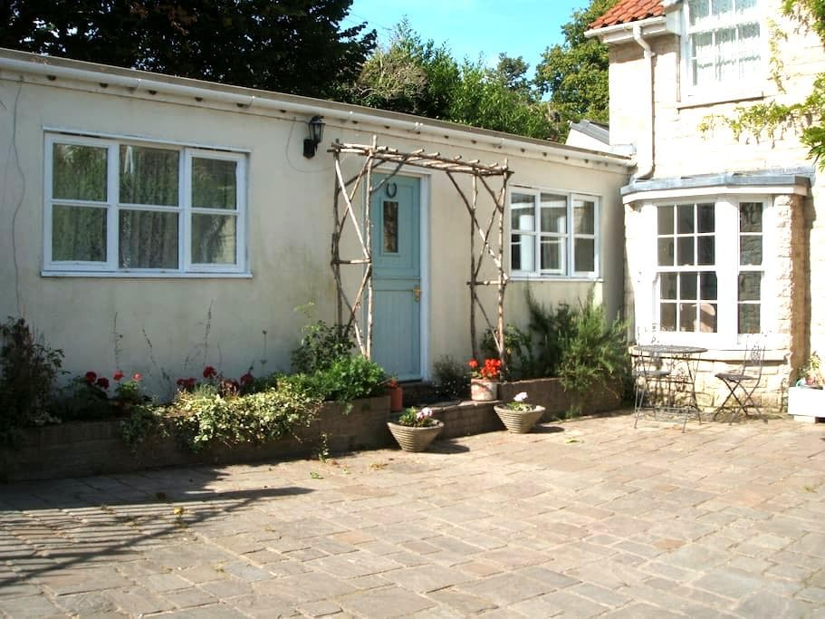Self contained annexe for two people. - Wareham - Apartemen