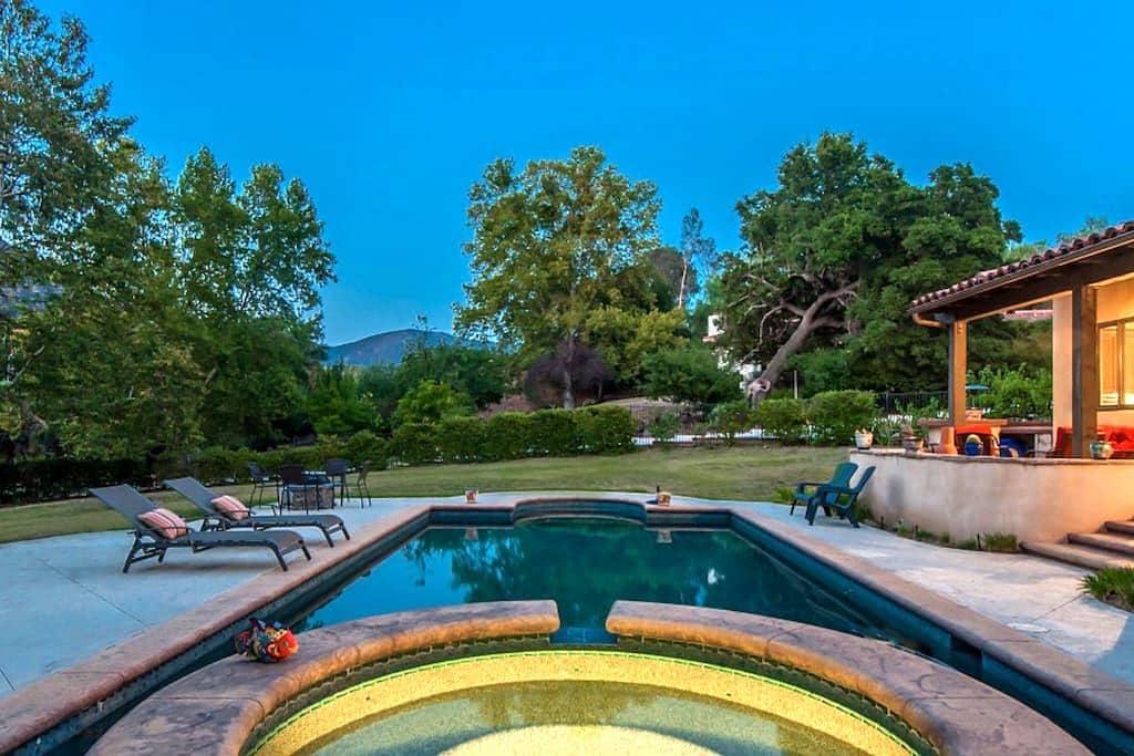 Malibu Wine Country Guest Villa - Agoura Hills