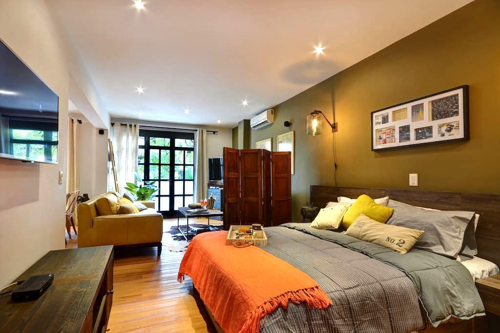 Immaculate New York Loft Studio - Envigado - Apartamento
