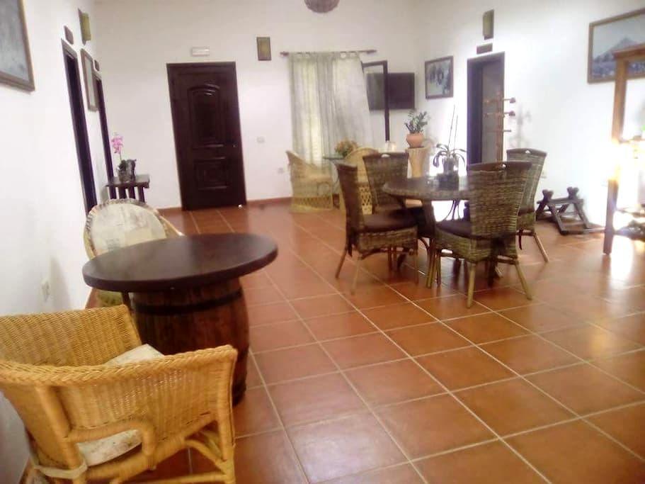 Casa Tilama.Ambiente relajado - Uga - Otros