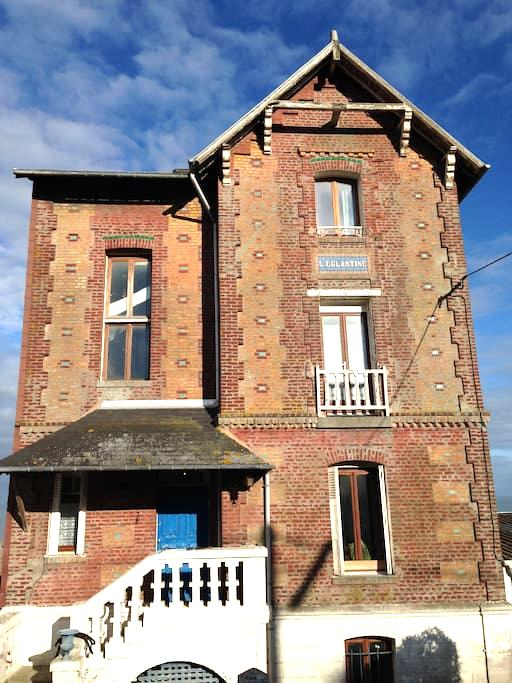 Belle Villa Aultoise vue mer - Sud Baie de somme - Ault - House