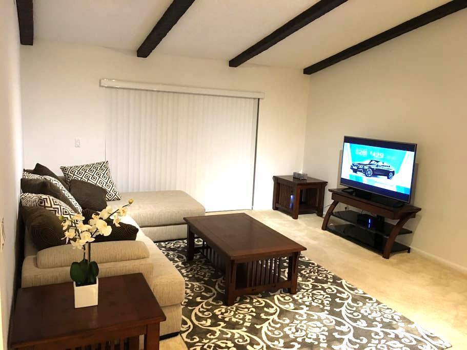 Charming cozy single home - Wellington - House