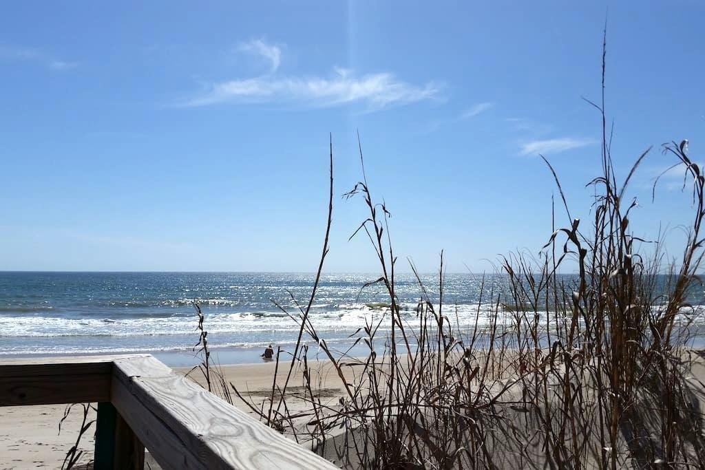 Surf Condo - Oceanfront - Surf City - Condominium