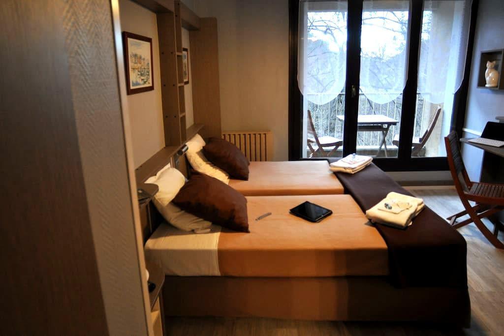 joli petit studio - Villefort - Condominium