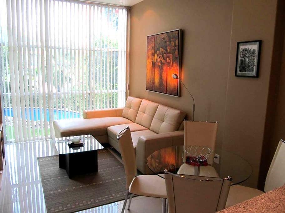1 Bedroom Suite w/hotel service - Cuernavaca - Apartamento