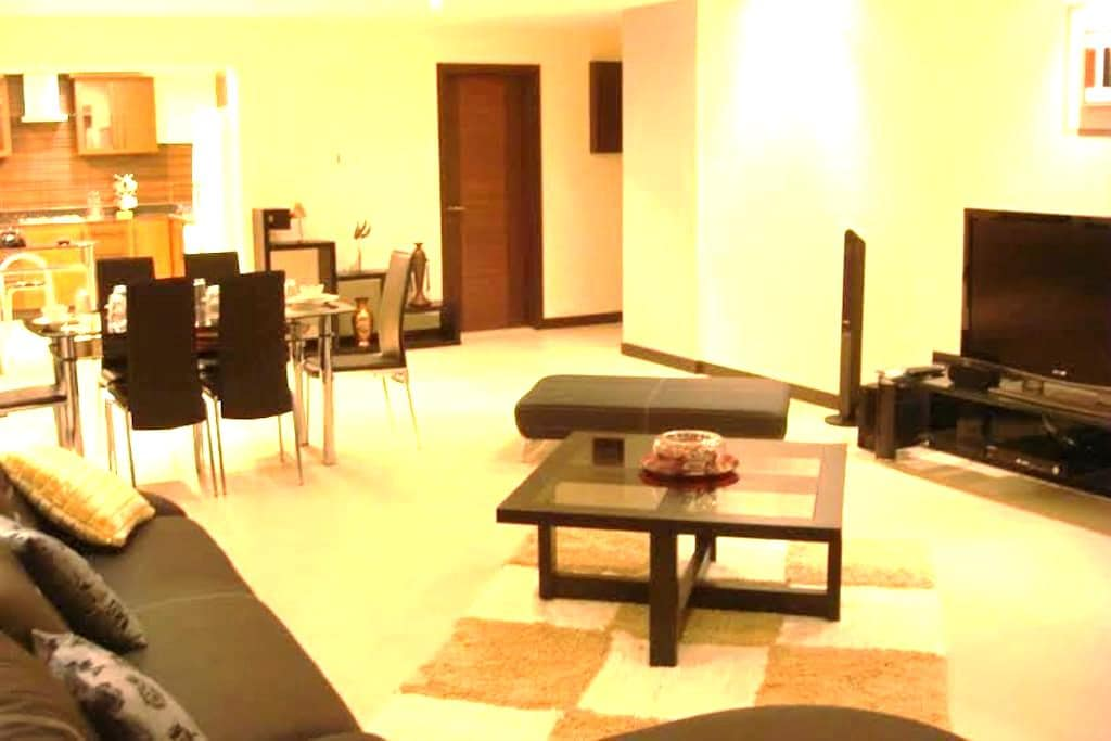 MODERN, FULLY FURNISHED, SERVICED FLAT IN JUFFAIR - Manama