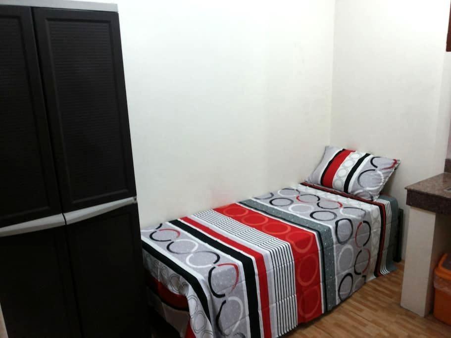 Budget Studio room in Makati Central (2) - Makati - Lejlighed