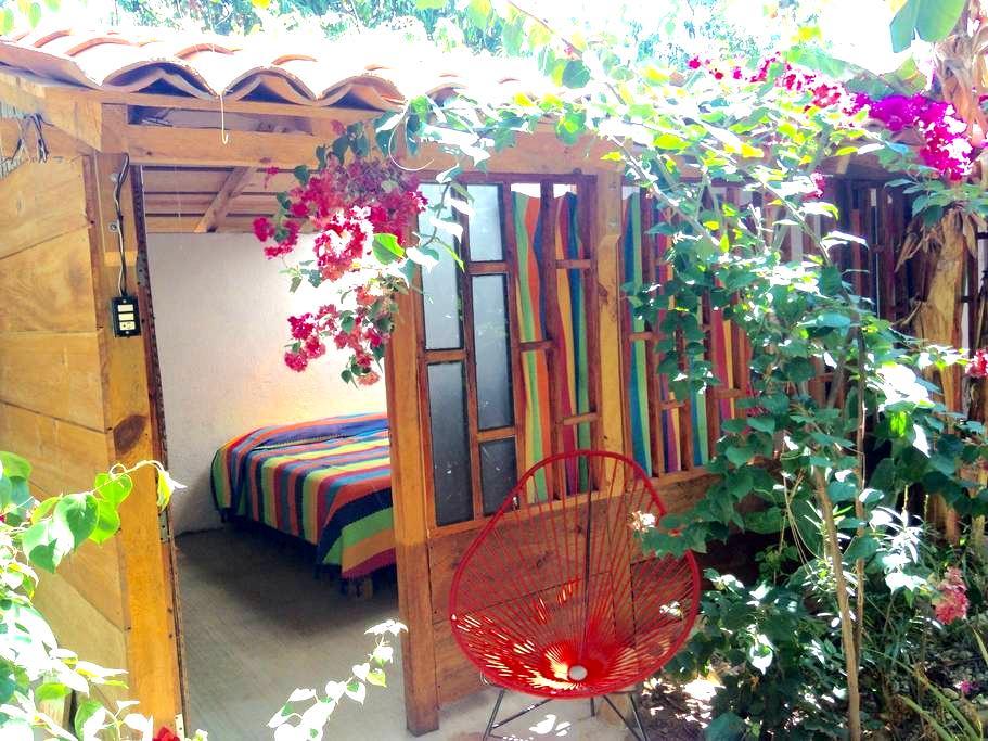 Un rincón para soñar en Casa Kei - Brisas de Zicatela - Cabin
