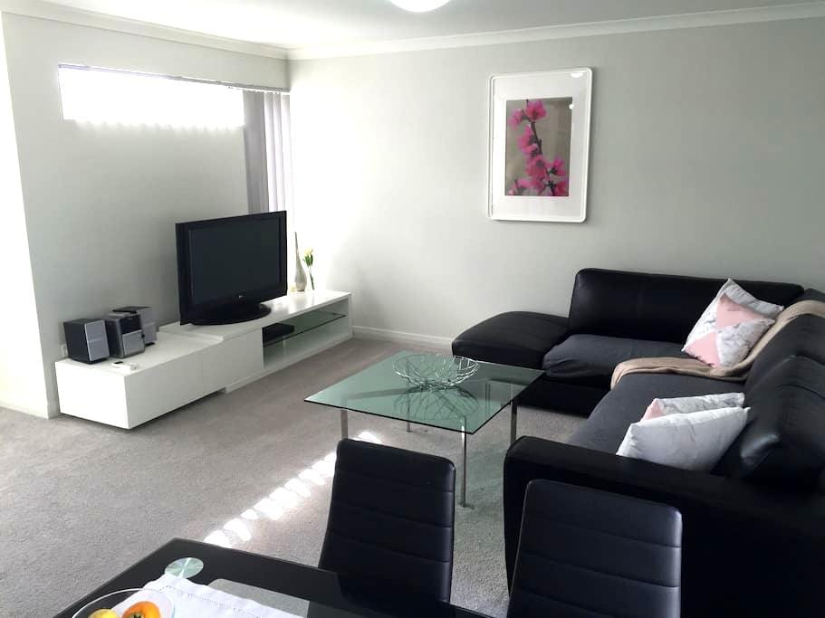 As new upper floor apartment - Hamersley
