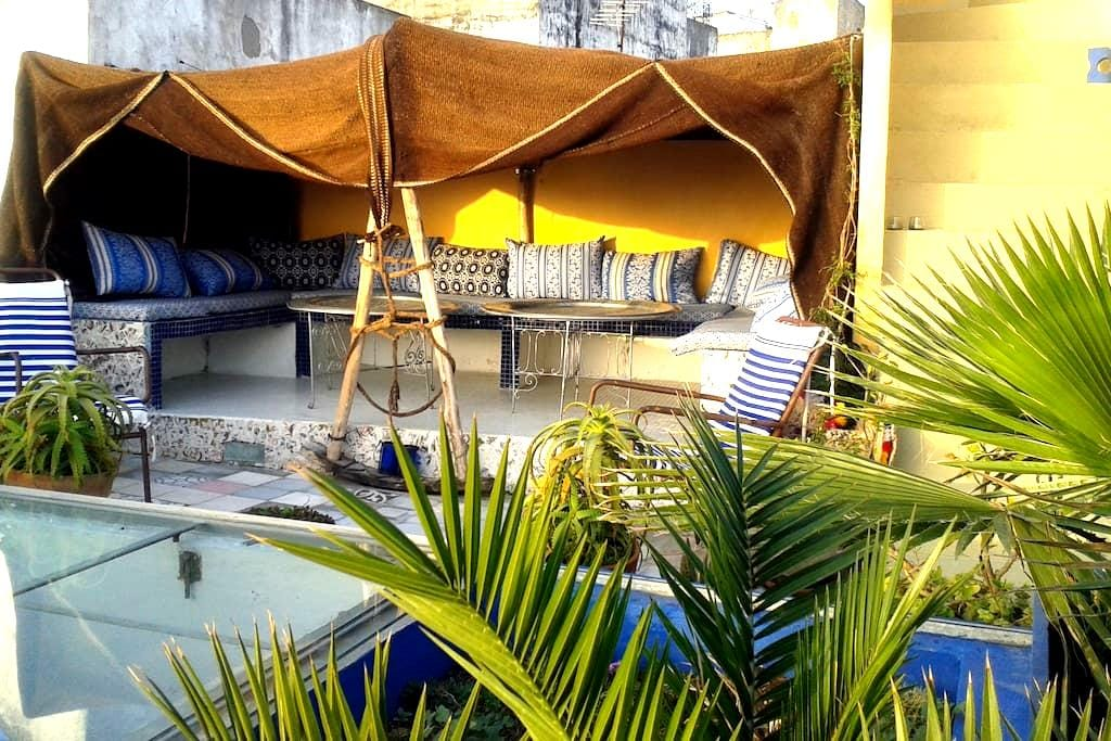 A lovely guesthouse in the medina - Tangier - Adosado