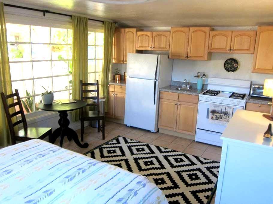 Lola's Vintage Downtown Guest House - Phoenix - Dům