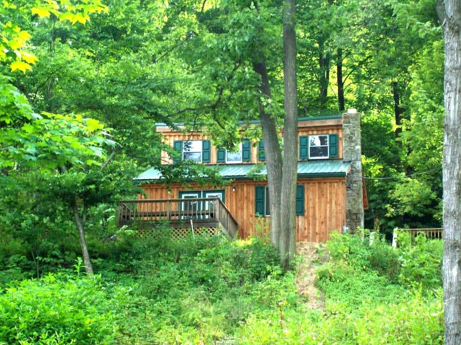 Seven Springs Area Home/ Hot Tub MV - Somerset - Rumah