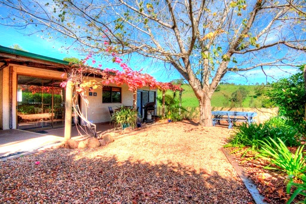 Warrimoo Farm Cottage, Berry - Dům