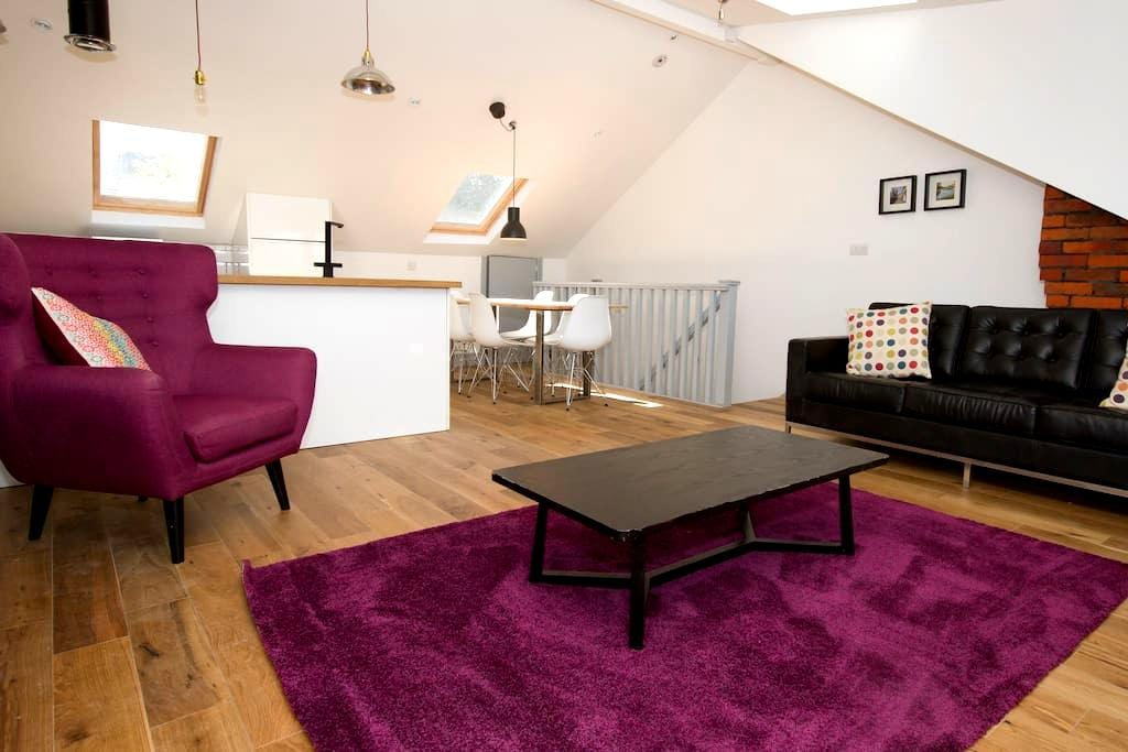 Loft Apartment - Central - Winchester - Apartamento