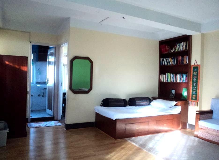 Cozy place near tourist area of Thamel, Kathmandu - Kathmandu - Lägenhet