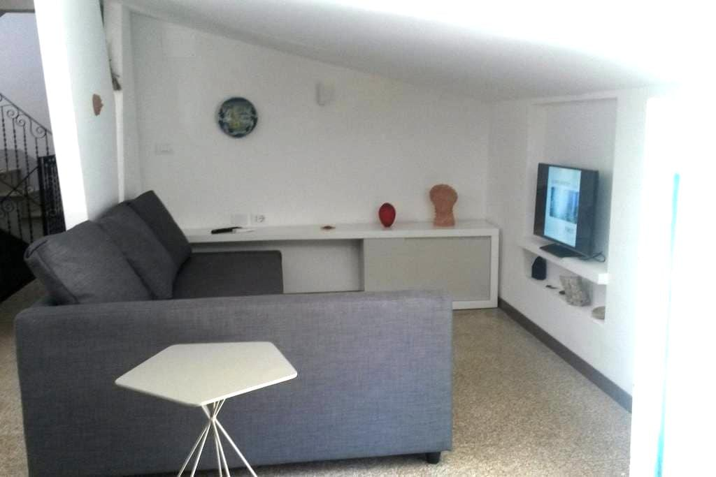 Priced for Six Guests in Heart of Cianciana - Cianciana