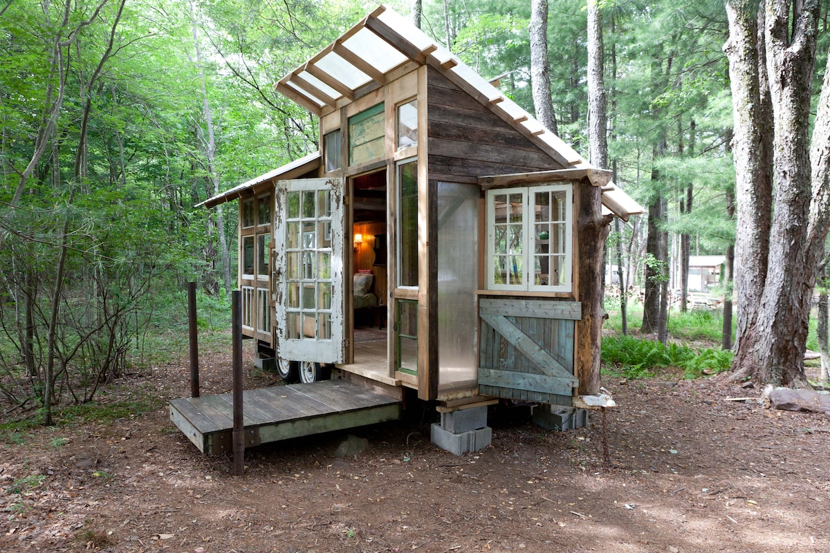 tiny home on farm upstate catskills  campers/rvs for rent in, Tiny Houses