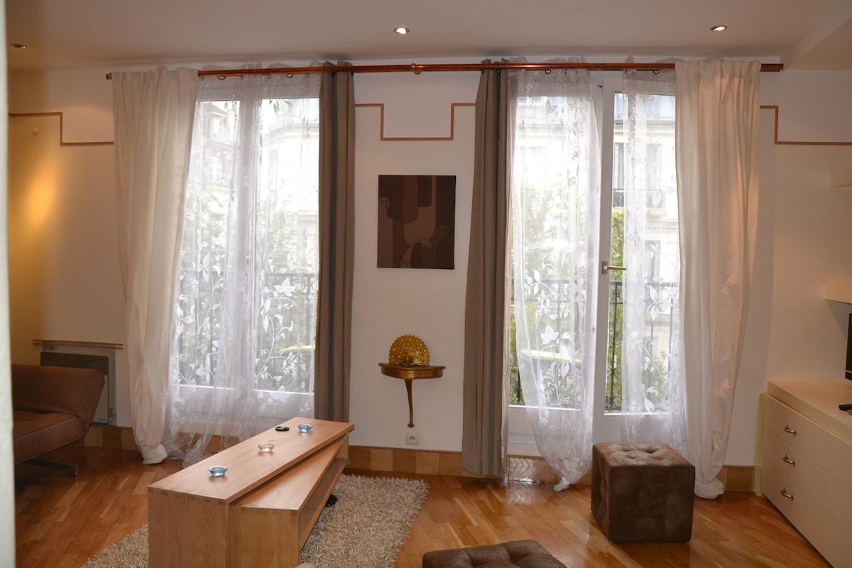 charming Pompidou Marais appartment