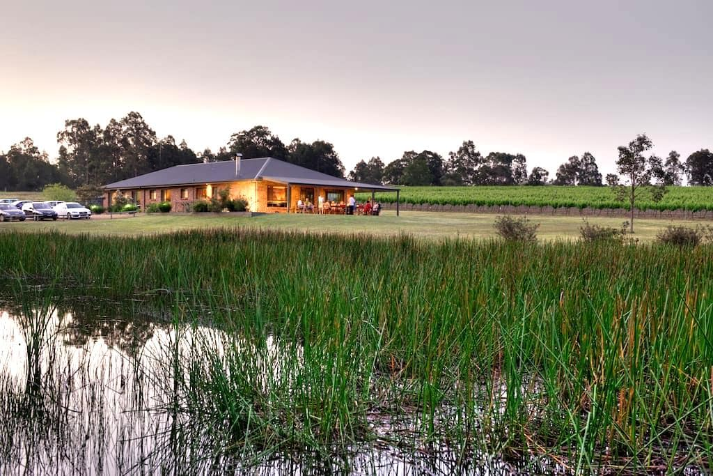 Ironstone Lodge - Lovedale - House
