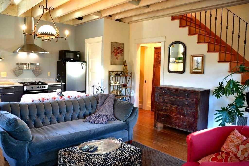 La Petite Maison - lovely NW/Nob Hill little house - Portland - Casa