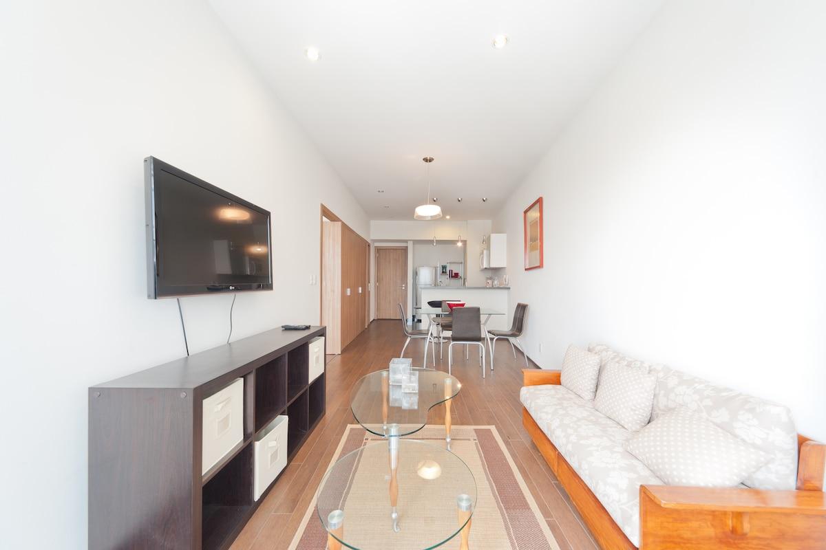 Living room, w flatsscreen TV