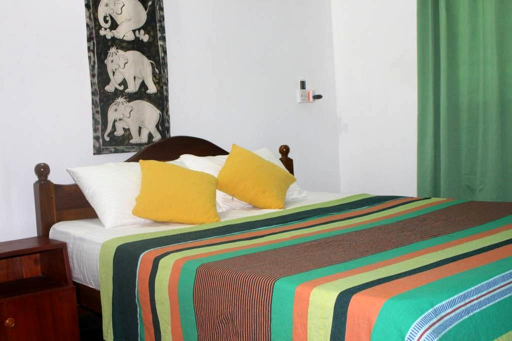 ALEX HOME STAY  - your home in Kandy - Kandy - Bed & Breakfast