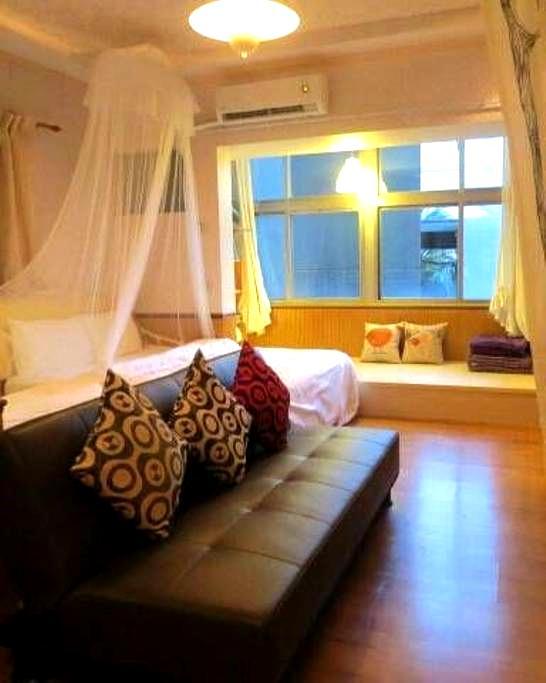 Yilan Jiaoxi  hot spring suite bnb - Jaixon Township  - Дом