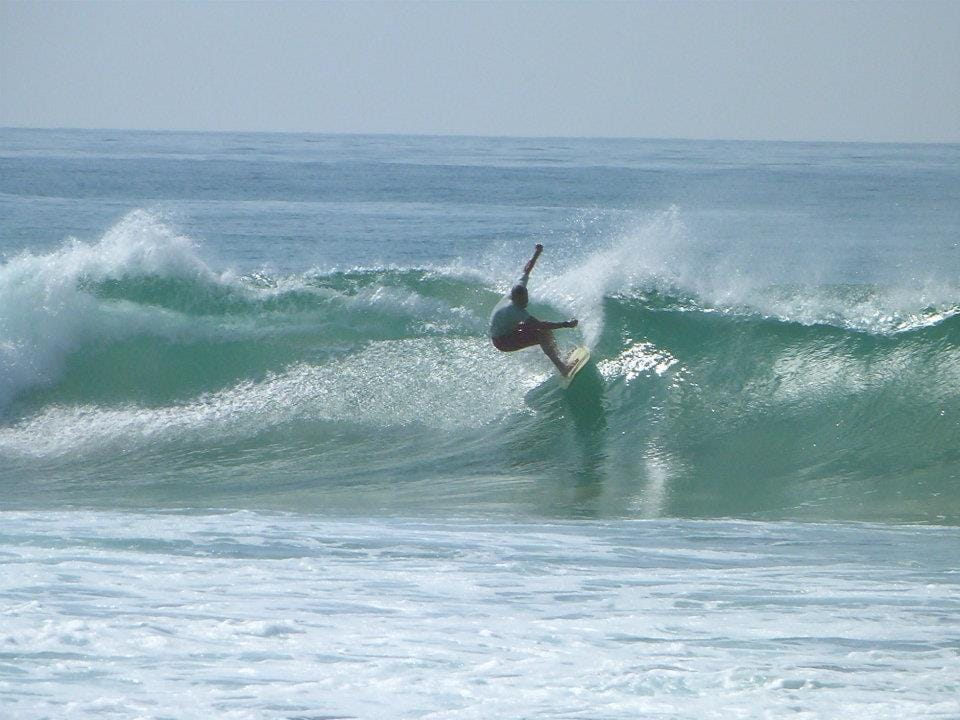mathiu from france in plantation surf point ..