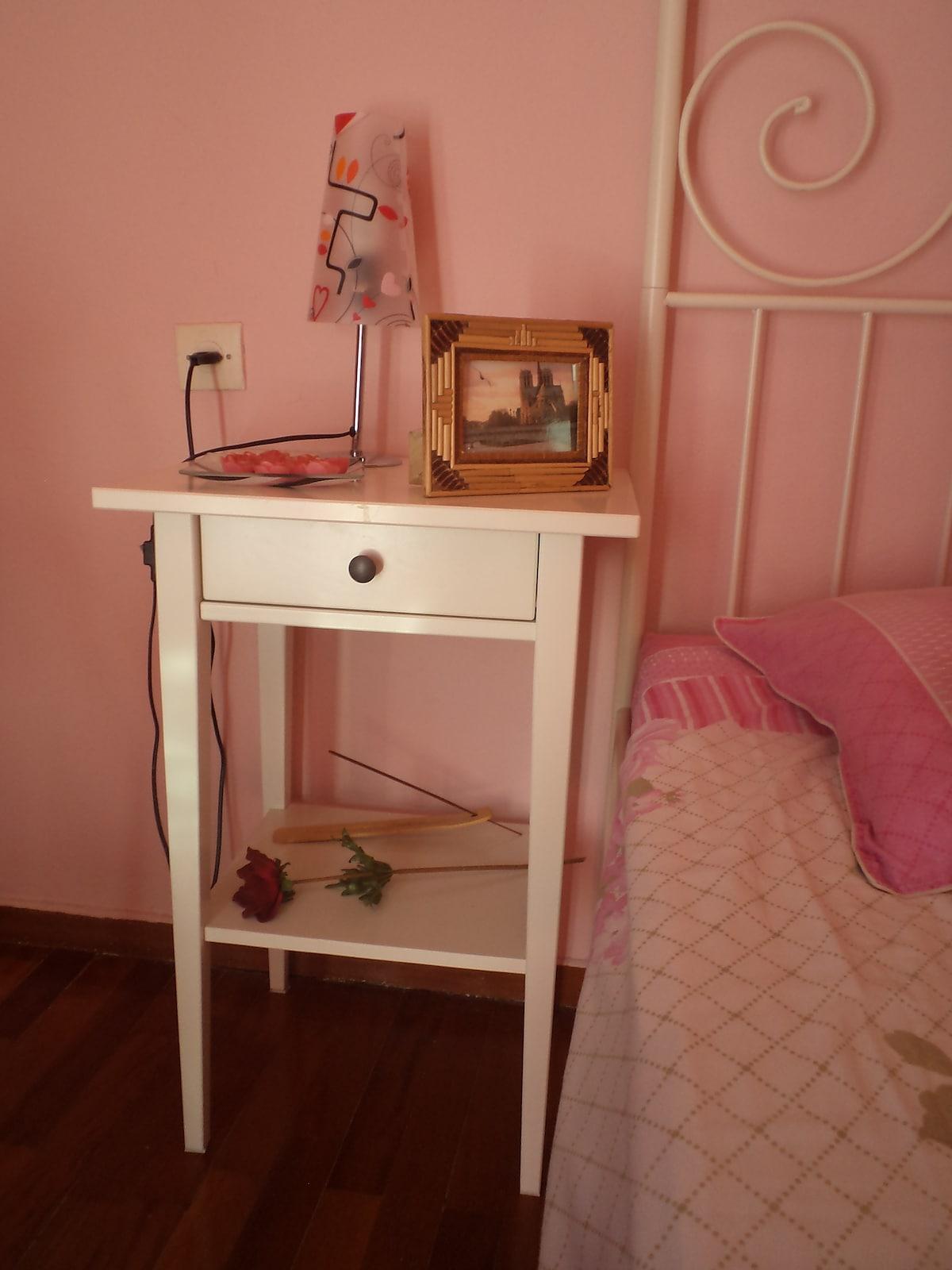 ROMANTIC BEDROOM+LIVINGROOM, CENTER