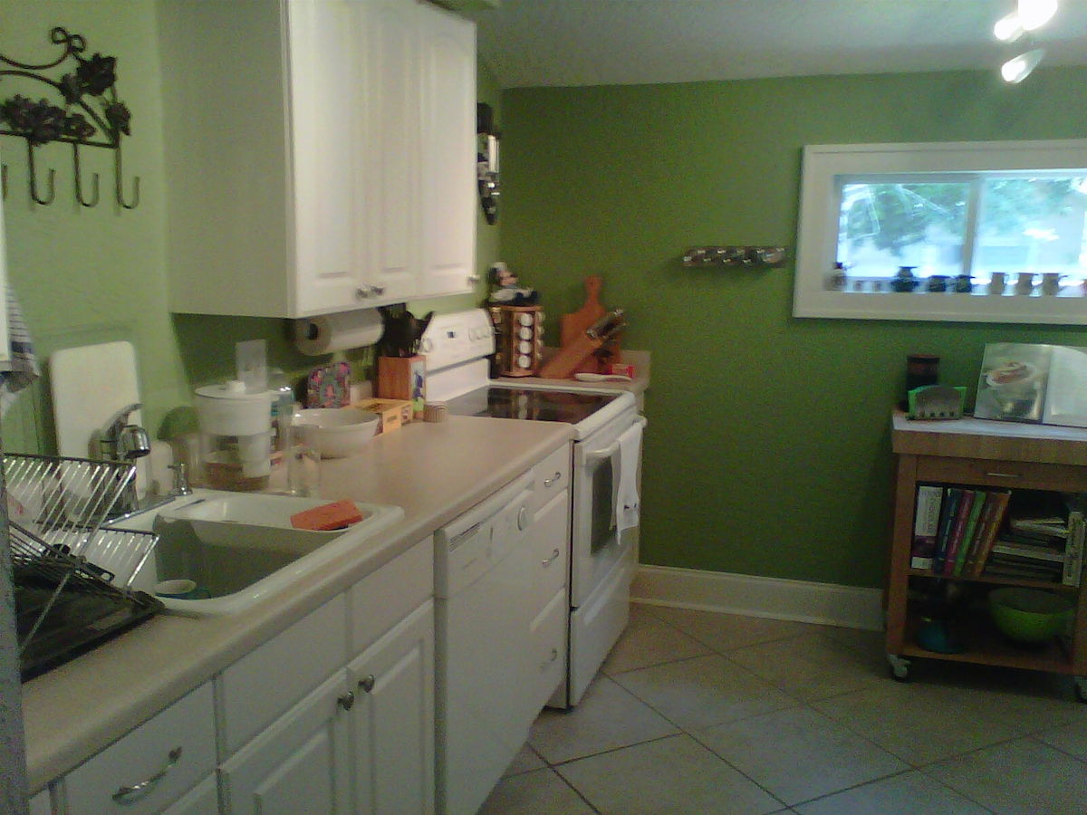 Fully equipped kitchen, including oven, dishwasher, microwave, espresso machine, toaster, kettle, and plenty more!