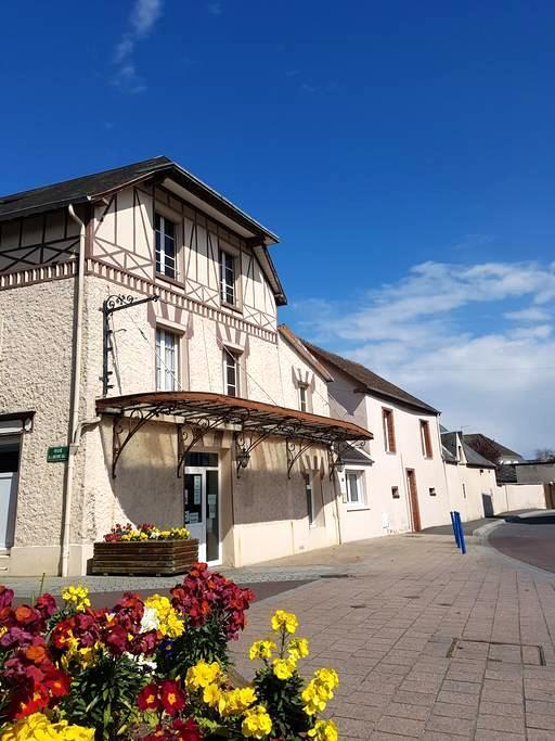 Studio et salle de sport, 10 km Granville 4 km mer - Bréhal - House