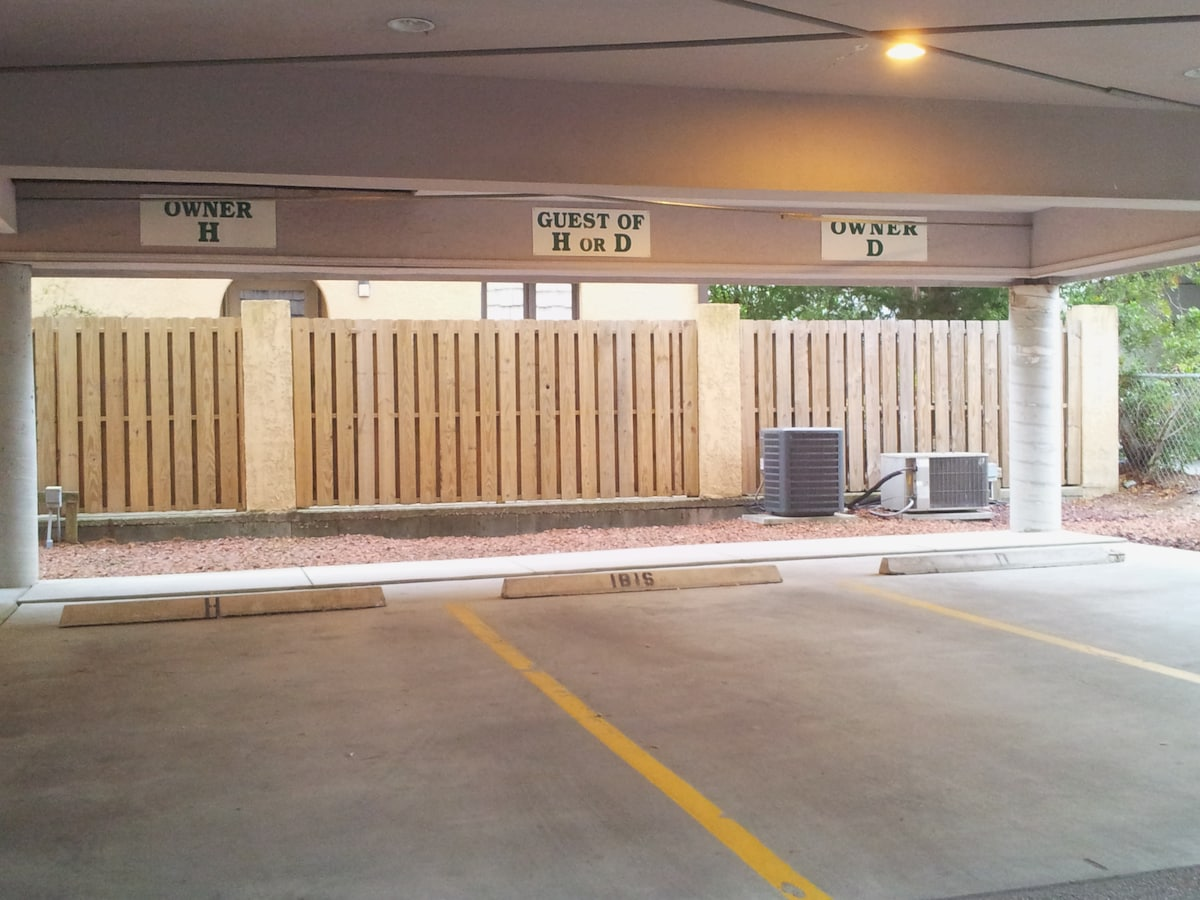 Private Covered Parking - Additional vistor parking located in the front