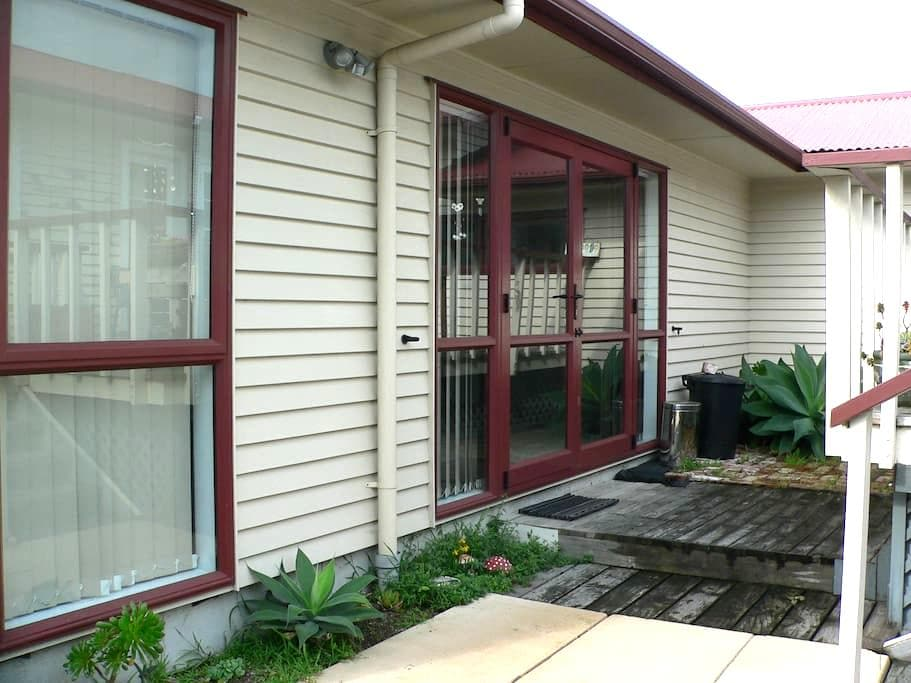 Self contained unit - Tauranga - Haus