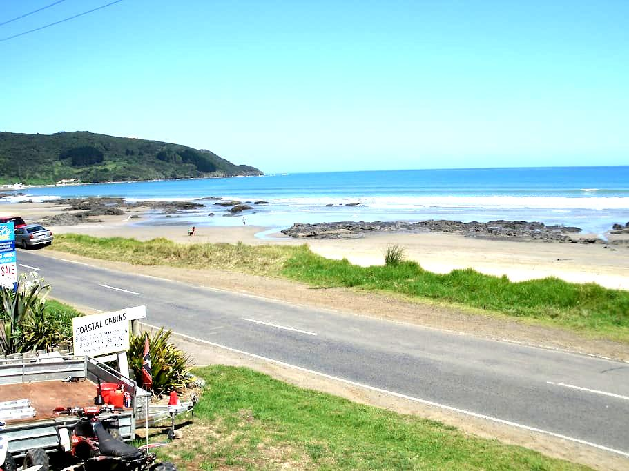 90 mile beach Coastal Cabins #1 in Ahipara - Ahipara - Chatka
