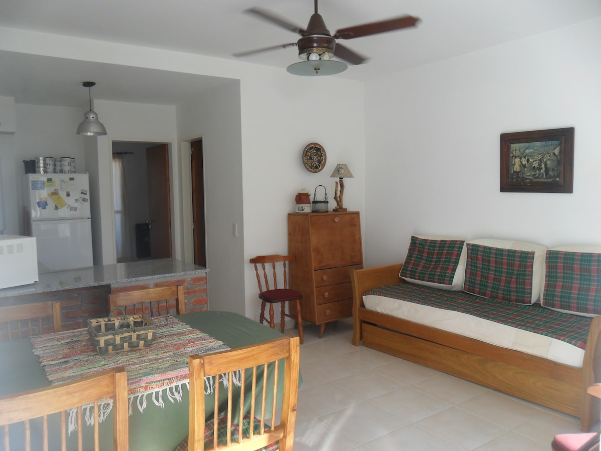 living room with sofa bed and pull out bed - sofa cama en el living room