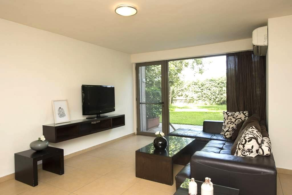 a luxerious duplex apartment - Zouk Mosbeh - Lägenhet
