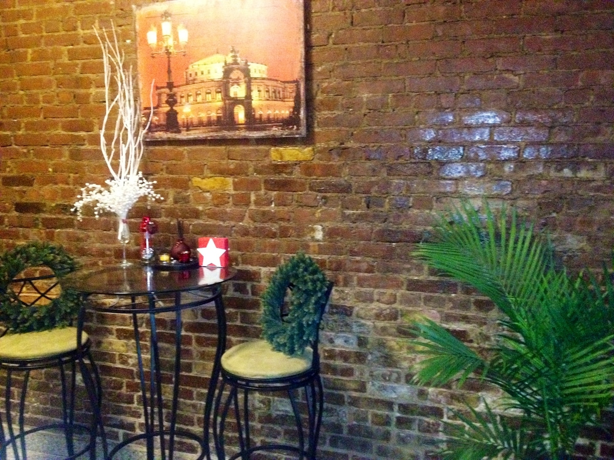 Boutique Apt minutes from TimesSq