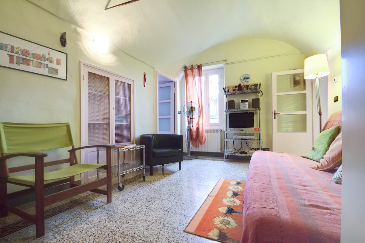 Cosy apt in the heart of Sanremo