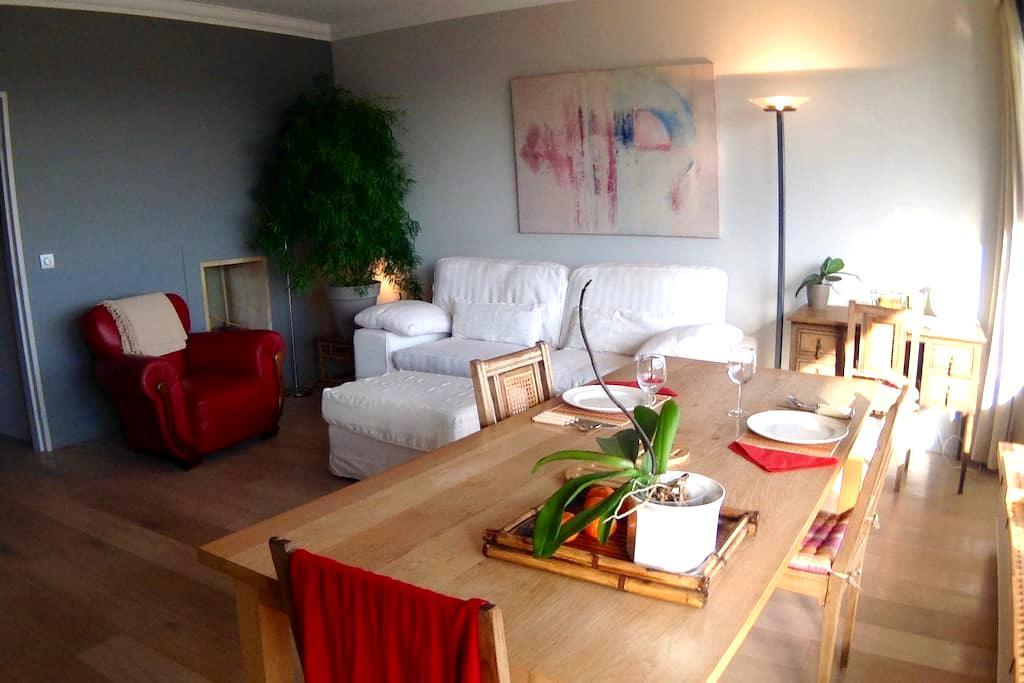 Appartement tout comfort lumineux - Uccle - Byt