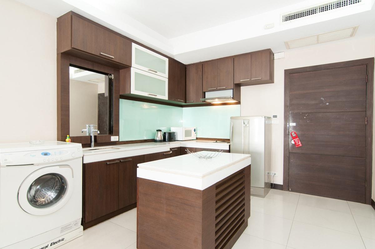 Kitchen with Washer